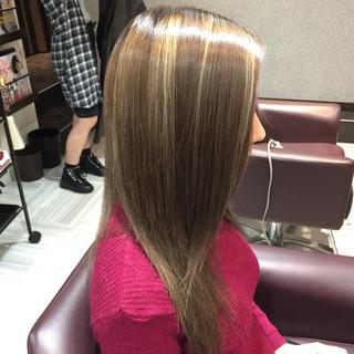 グラデーションカラー 外国人風 セミロング 暗髪 ヘアスタイルや髪型の写真・画像