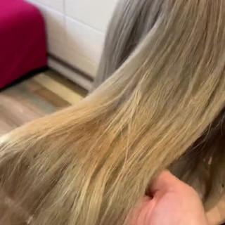 アッシュ ブリーチカラー セミロング ブロンドカラー ヘアスタイルや髪型の写真・画像