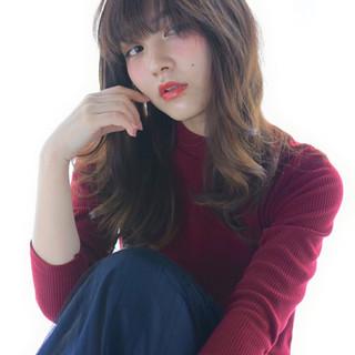 外国人風 大人かわいい きれいめ ガーリー ヘアスタイルや髪型の写真・画像 ヘアスタイルや髪型の写真・画像