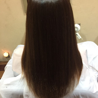ナチュラル ストレート パーマ 艶髪 ヘアスタイルや髪型の写真・画像 ヘアスタイルや髪型の写真・画像
