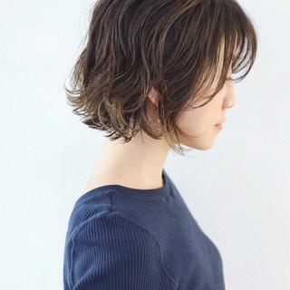 レイヤーボブ グラデーションカラー パーマ ミニボブ ヘアスタイルや髪型の写真・画像 ヘアスタイルや髪型の写真・画像