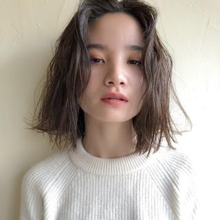デート ナチュラル 簡単ヘアアレンジ 前髪あり ヘアスタイルや髪型の写真・画像