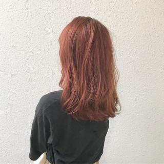 ハイトーン 外国人風 ミディアム ブリーチ ヘアスタイルや髪型の写真・画像