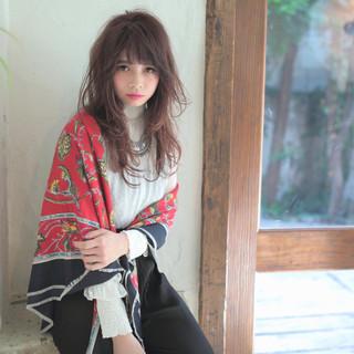 かわいい 寝癖 前髪あり 外国人風 ヘアスタイルや髪型の写真・画像