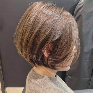 ショートボブ パーマ アンニュイほつれヘア  ヘアスタイルや髪型の写真・画像