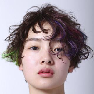 ショート 丸顔 ブリーチ 卵型 ヘアスタイルや髪型の写真・画像