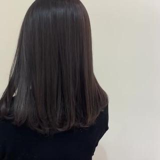 グレージュ アッシュグレージュ ミディアム ラベンダーグレージュ ヘアスタイルや髪型の写真・画像