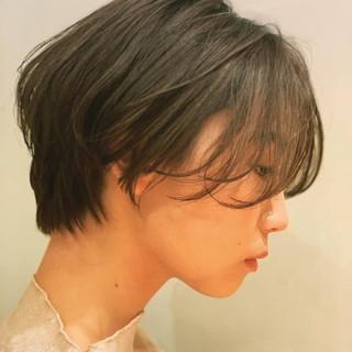 パーマ ショート ナチュラル 透け感ヘア ヘアスタイルや髪型の写真・画像