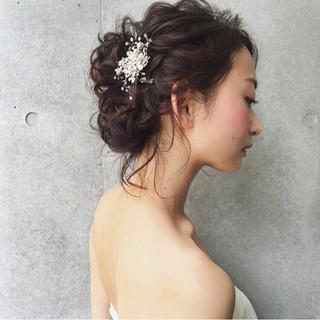 結婚式 上品 大人かわいい ヘアアレンジ ヘアスタイルや髪型の写真・画像 ヘアスタイルや髪型の写真・画像