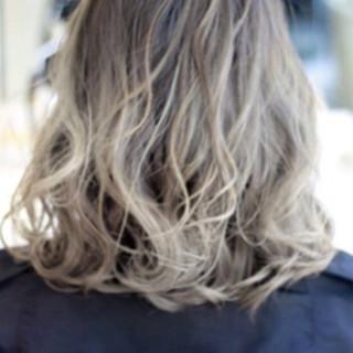 ハイライト 外国人風 ストリート ミディアム ヘアスタイルや髪型の写真・画像