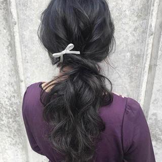 ロング ヘアアレンジ ナチュラル 簡単ヘアアレンジ ヘアスタイルや髪型の写真・画像 ヘアスタイルや髪型の写真・画像