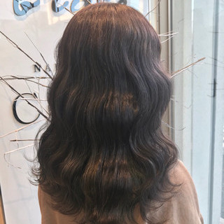 セミロング グレージュ 外国人風カラー ラベンダーアッシュ ヘアスタイルや髪型の写真・画像