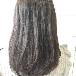 ブリーチなし ロング ナチュラル 暗髪 ヘアスタイルや髪型の写真・画像