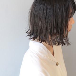 外ハネボブ フェミニン ボブ 切りっぱなし ヘアスタイルや髪型の写真・画像
