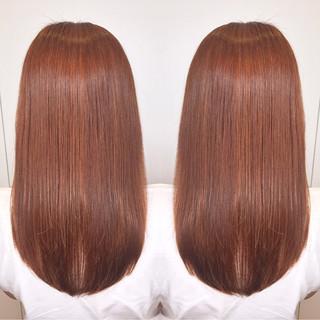 アウトドア インナーカラー ハイライト ブリーチ ヘアスタイルや髪型の写真・画像