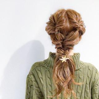 簡単ヘアアレンジ セミロング ヘアアレンジ アウトドア ヘアスタイルや髪型の写真・画像