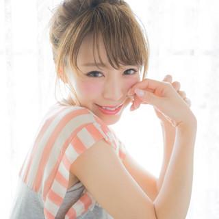 セミロング 大人かわいい 簡単ヘアアレンジ 夏 ヘアスタイルや髪型の写真・画像