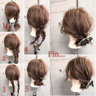 フェミニン セミロング ヘアアレンジ ナチュラル ヘアスタイルや髪型の写真・画像