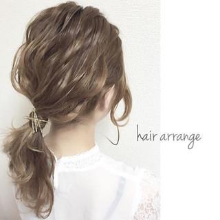 波ウェーブ 大人かわいい フェミニン ヘアアレンジ ヘアスタイルや髪型の写真・画像