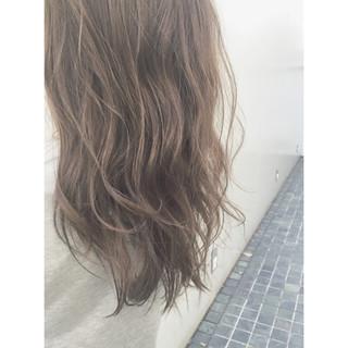 暗髪 コンサバ ブラウン 外国人風 ヘアスタイルや髪型の写真・画像 ヘアスタイルや髪型の写真・画像
