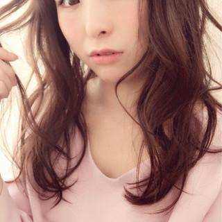 パーマ 小顔 ピュア フェミニン ヘアスタイルや髪型の写真・画像