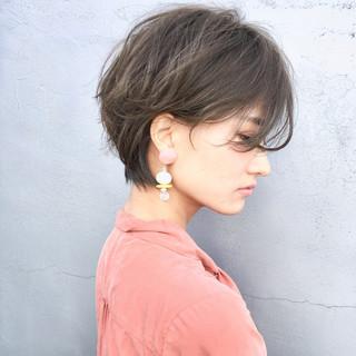 リラックス ショート 大人かわいい ナチュラル ヘアスタイルや髪型の写真・画像