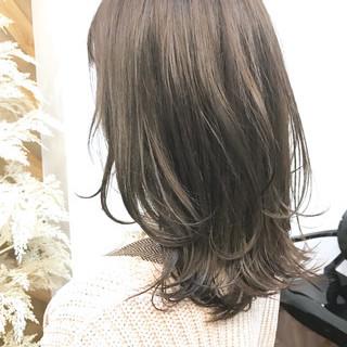 イルミナカラー ミディアム 透明感カラー 圧倒的透明感 ヘアスタイルや髪型の写真・画像