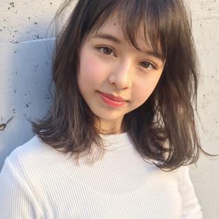 パーマ 外国人風 冬 ミディアム ヘアスタイルや髪型の写真・画像