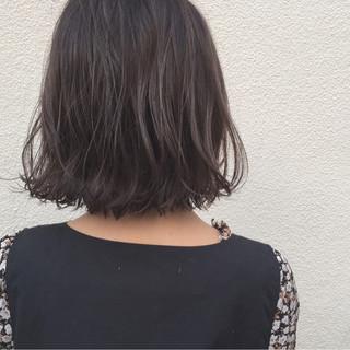 ボブ 外ハネ 切りっぱなし 黒髪 ヘアスタイルや髪型の写真・画像