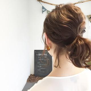 ブラウン ヘアアレンジ ミディアム ナチュラル ヘアスタイルや髪型の写真・画像