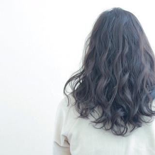 セミロング アッシュ ナチュラル ハイライト ヘアスタイルや髪型の写真・画像