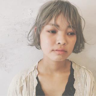 前髪あり ナチュラル ゆるふわ 外国人風 ヘアスタイルや髪型の写真・画像