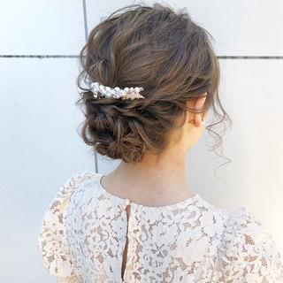 ヘアアレンジ デート セミロング アンニュイほつれヘア ヘアスタイルや髪型の写真・画像
