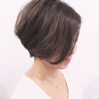 ショート 夏 ショートボブ ストリート ヘアスタイルや髪型の写真・画像 ヘアスタイルや髪型の写真・画像
