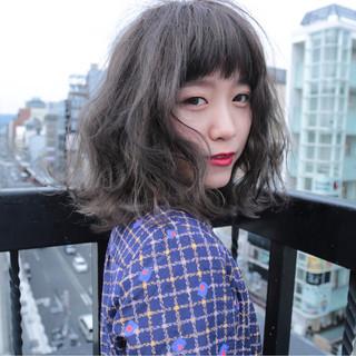 ウェーブ 外国人風カラー グレー グレージュ ヘアスタイルや髪型の写真・画像