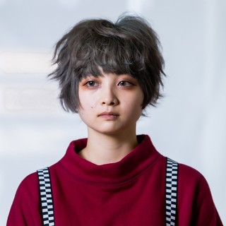 ブリーチ ダブルカラー フェミニン ウルフカット ヘアスタイルや髪型の写真・画像