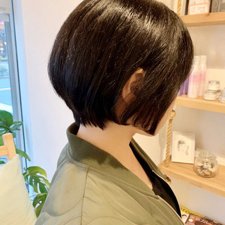 小顔ショート ショートヘア 大人ショート アンニュイ ヘアスタイルや髪型の写真・画像