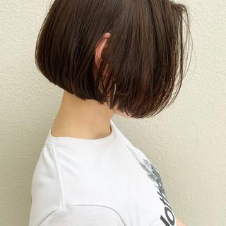 ボブ ショートヘア 切りっぱなしボブ ショートボブ ヘアスタイルや髪型の写真・画像