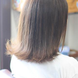 ミディアム 圧倒的透明感 ナチュラル 透明感カラー ヘアスタイルや髪型の写真・画像