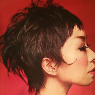 モード 暗髪 外ハネ 黒髪 ヘアスタイルや髪型の写真・画像