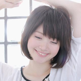 ナチュラル 色気 リラックス 斜め前髪 ヘアスタイルや髪型の写真・画像