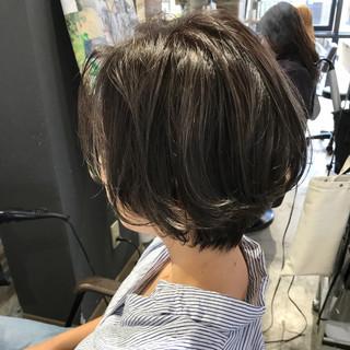 デート 涼しげ ボブ ハイライト ヘアスタイルや髪型の写真・画像