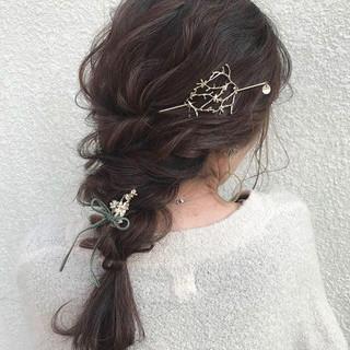 ロング ヘアアレンジ ナチュラル デート ヘアスタイルや髪型の写真・画像 ヘアスタイルや髪型の写真・画像