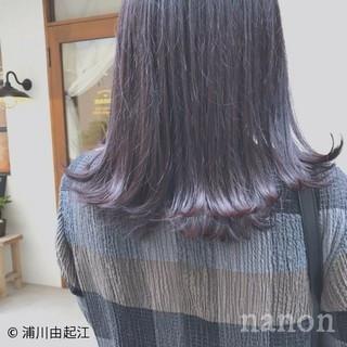ミディアム 秋冬スタイル 切りっぱなしボブ ナチュラル ヘアスタイルや髪型の写真・画像