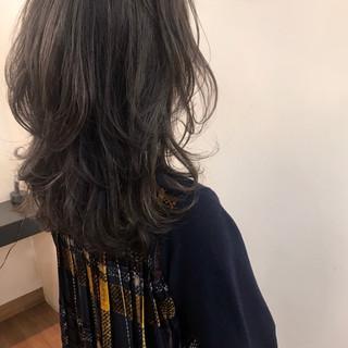 ハイライト セミロング ゆるふわ 大人かわいい ヘアスタイルや髪型の写真・画像