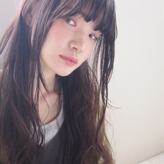 ロング 暗髪 アッシュ 大人かわいい ヘアスタイルや髪型の写真・画像 ヘアスタイルや髪型の写真・画像