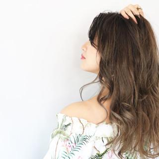 くすみカラー グラデーションカラー バレイヤージュ 小顔ヘア ヘアスタイルや髪型の写真・画像