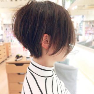 前下がり 大人かわいい ショートボブ 色気 ヘアスタイルや髪型の写真・画像