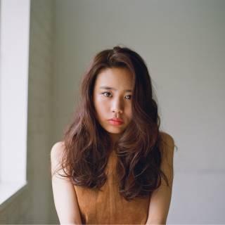 センターパート 外国人風 ロング パンク ヘアスタイルや髪型の写真・画像
