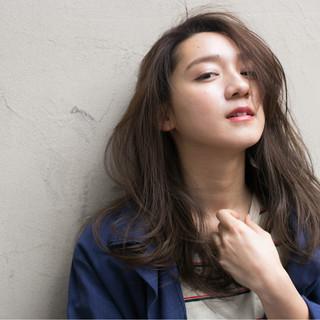 外国人風 大人かわいい ストレート グラデーションカラー ヘアスタイルや髪型の写真・画像